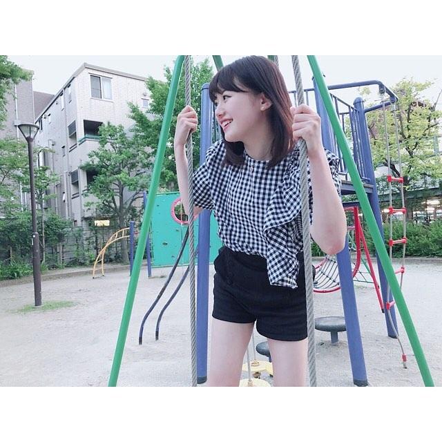 【萩田帆風エロ画像】女子高生ミスコン準グランプリの笑顔が可愛い女の子 45
