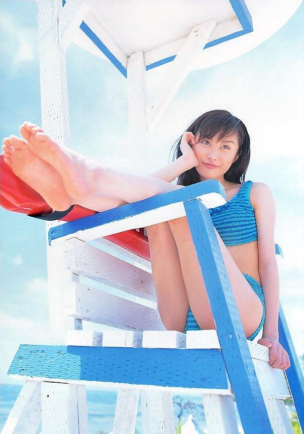 【山口もえお宝画像】ゆるふわ系で人気だったお嬢様タレントの水着グラビア 14