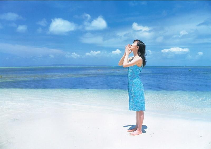 【山口もえお宝画像】ゆるふわ系で人気だったお嬢様タレントの水着グラビア 76
