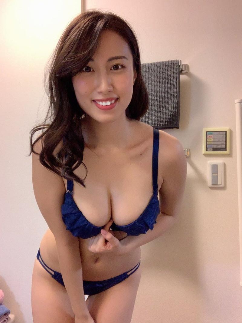 【爽香キャプ画像】ぼん!きゅ!ぼん!のスタイル抜群な長身巨乳グラドル 58