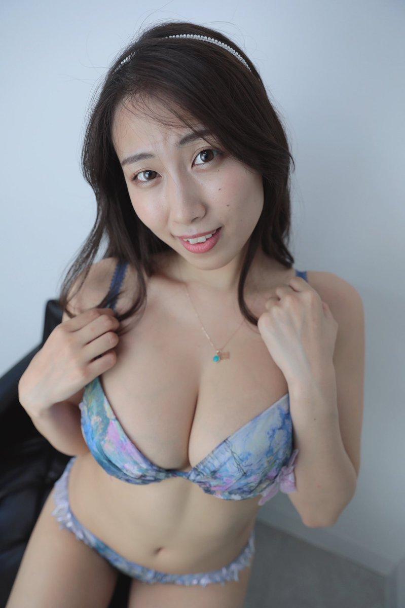 【爽香キャプ画像】ぼん!きゅ!ぼん!のスタイル抜群な長身巨乳グラドル 59