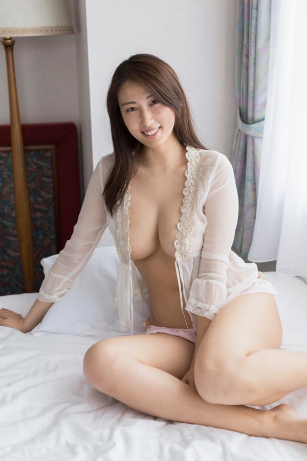 【爽香キャプ画像】ぼん!きゅ!ぼん!のスタイル抜群な長身巨乳グラドル 90