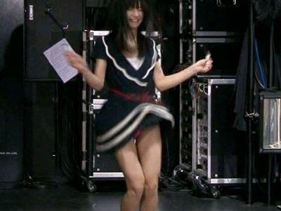 【放送事故エロ画像】テレビ放送中に起きた不意のラッキーエロシーン! 67