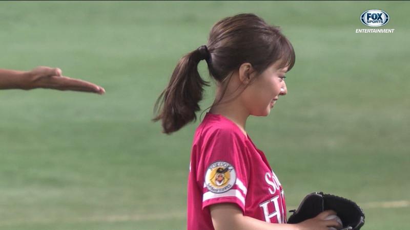 【山田菜々キャプ画像】温泉レポートや始球式等など元アイドルのお宝シーン 22