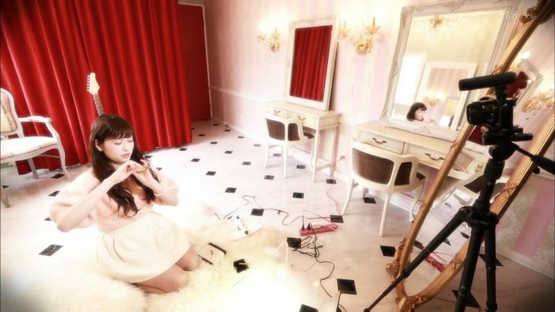 【吉田朱里エロ画像】NMB48からの卒業を発表した美人アイドルのお宝画像 08