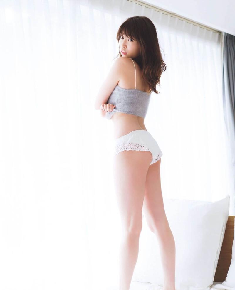 【吉田朱里エロ画像】NMB48からの卒業を発表した美人アイドルのお宝画像 22