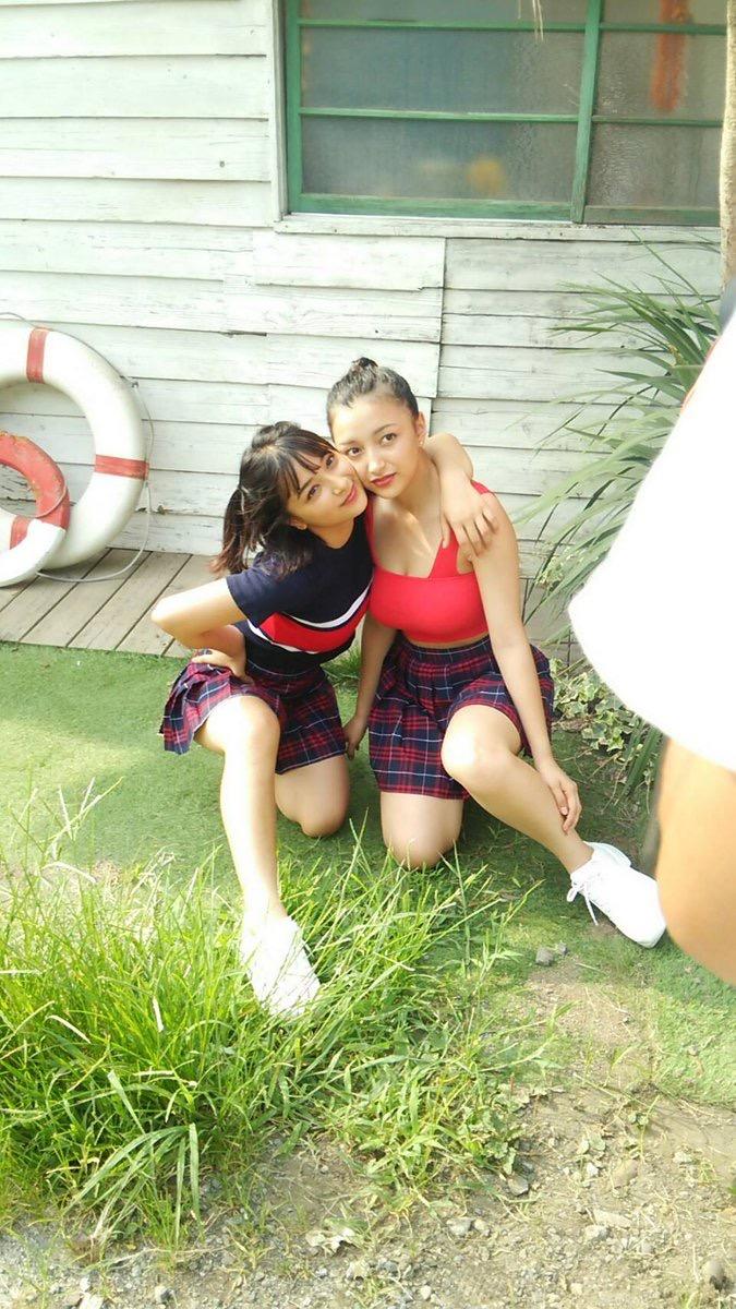 【エリカ・マリナグラビア画像】TikTokでブレイクしたハーフ美人JK姉妹の水着エロ画像 24