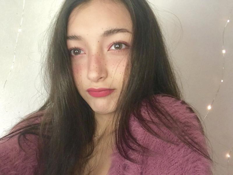 【エリカ・マリナグラビア画像】TikTokでブレイクしたハーフ美人JK姉妹の水着エロ画像 29