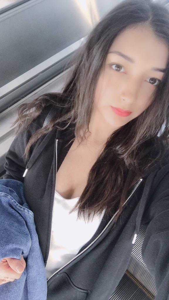 【エリカ・マリナグラビア画像】TikTokでブレイクしたハーフ美人JK姉妹の水着エロ画像 49