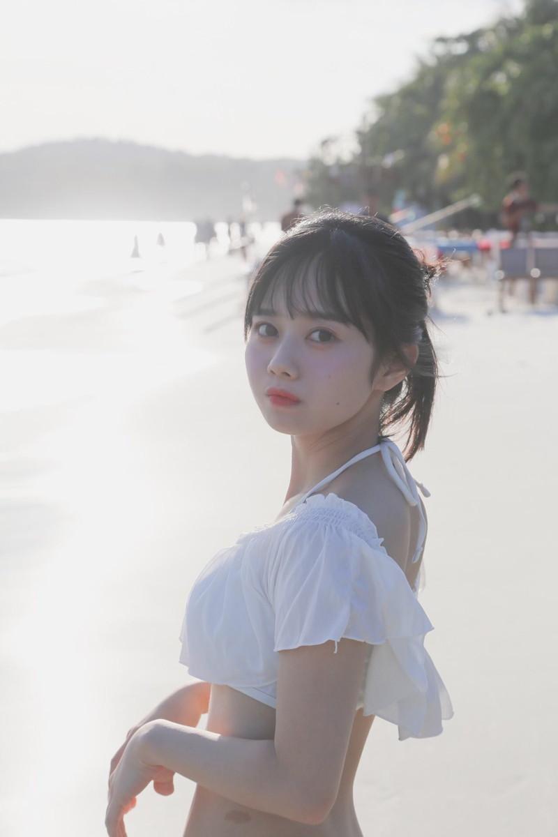 【近藤沙瑛子エロ画像】めちゃカワ美少女アイドルからグラドルへ転向!? 15
