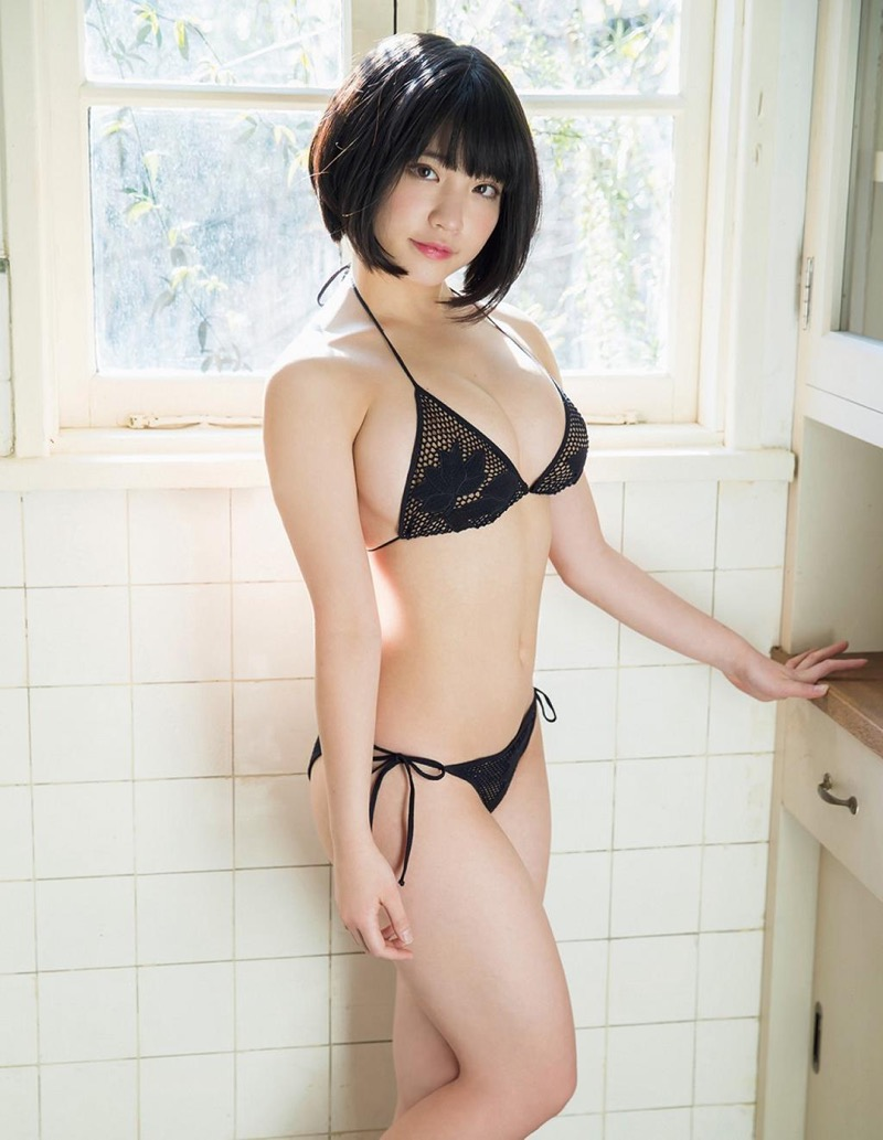 【根本凪グラビア画像】ボブヘアが可愛いGカップ美少女アイドルのビキニエロ画像 42