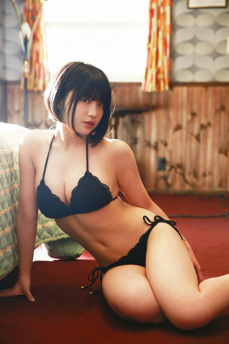 【根本凪グラビア画像】ボブヘアが可愛いGカップ美少女アイドルのビキニエロ画像 44