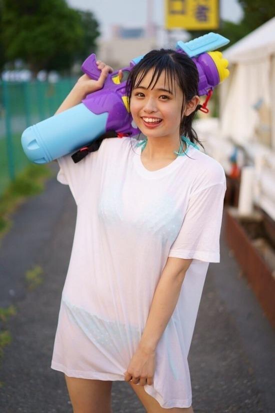 【アイドルエロ画像】アイドルが水着やコスプレして男性ファンを悦ばせちゃう! 37
