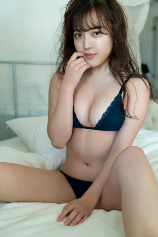 【由良朱合グラビア画像】元アイドルやってた現役JDのセクシー水着姿 30