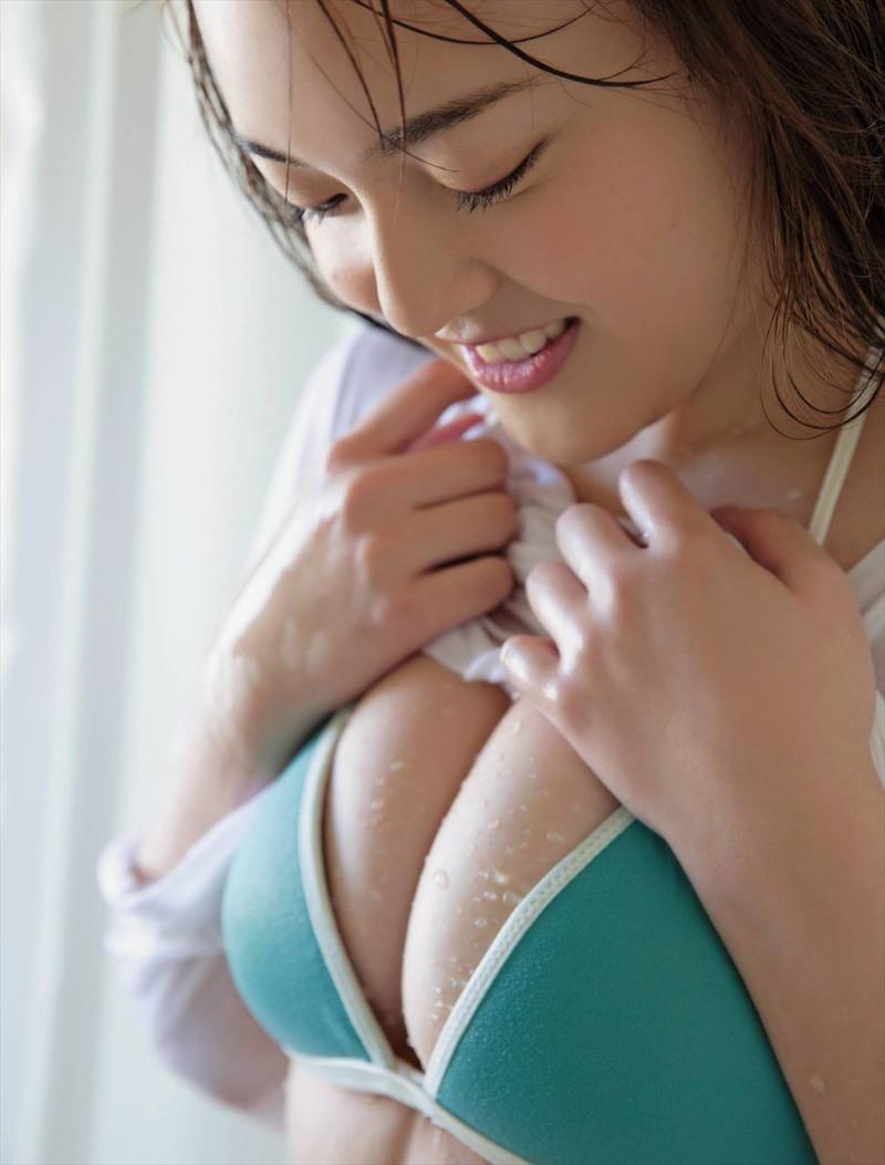 【由良朱合グラビア画像】元アイドルやってた現役JDのセクシー水着姿 35