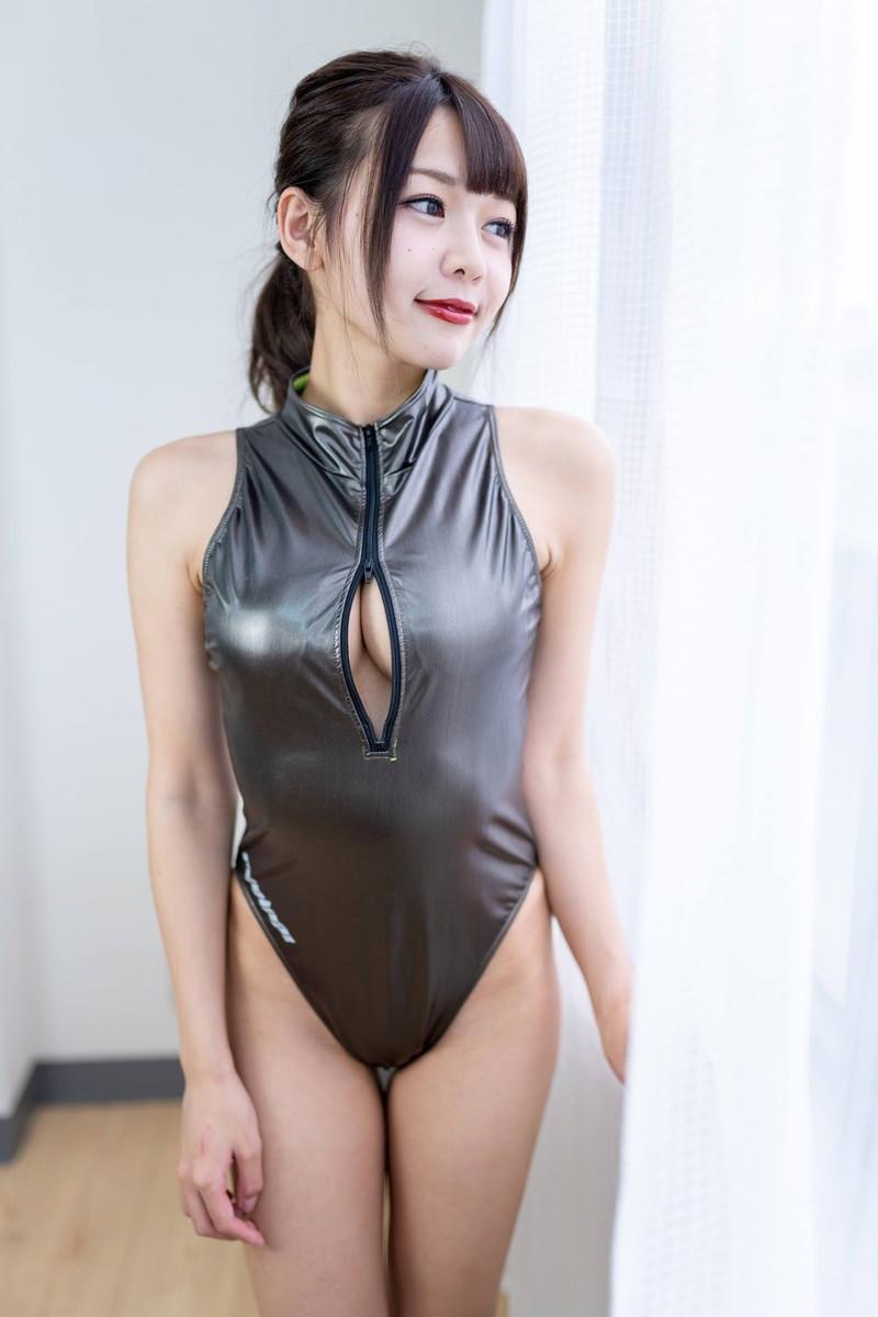 【織田唯愛キャプ画像】総合格闘技でラウンドガールやってるエッチなお姉さん 68