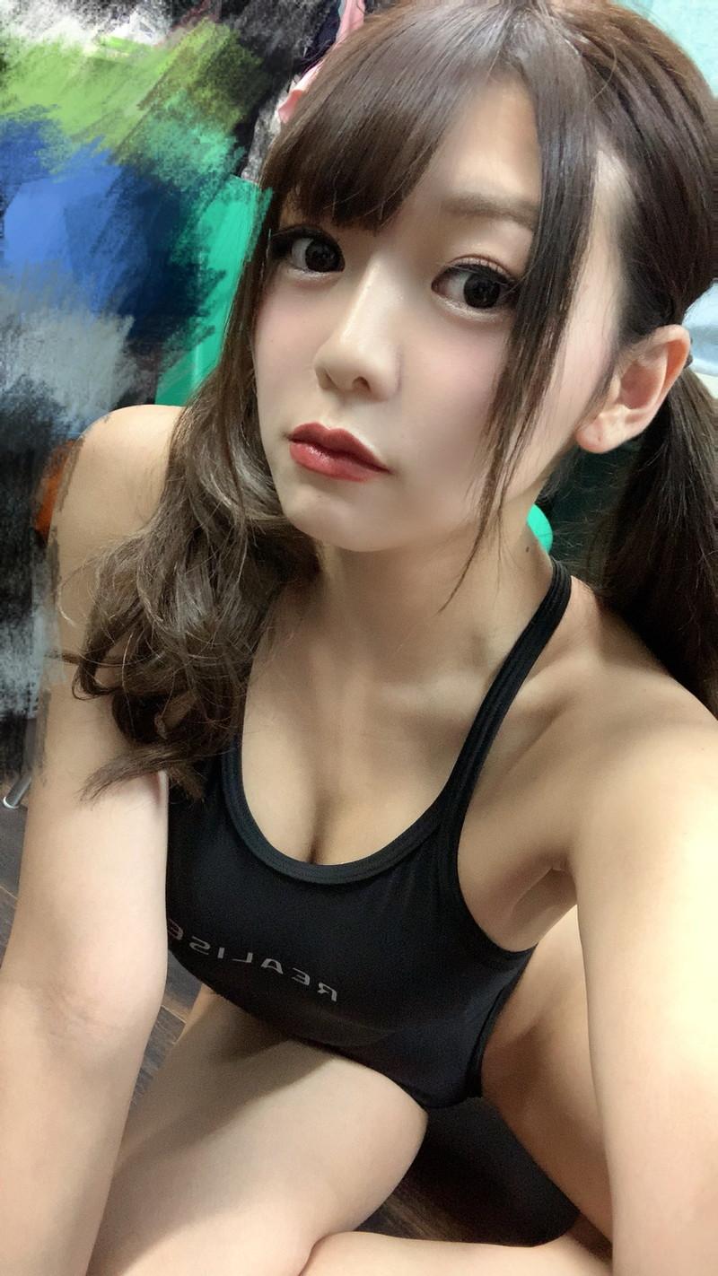 【織田唯愛キャプ画像】総合格闘技でラウンドガールやってるエッチなお姉さん 69