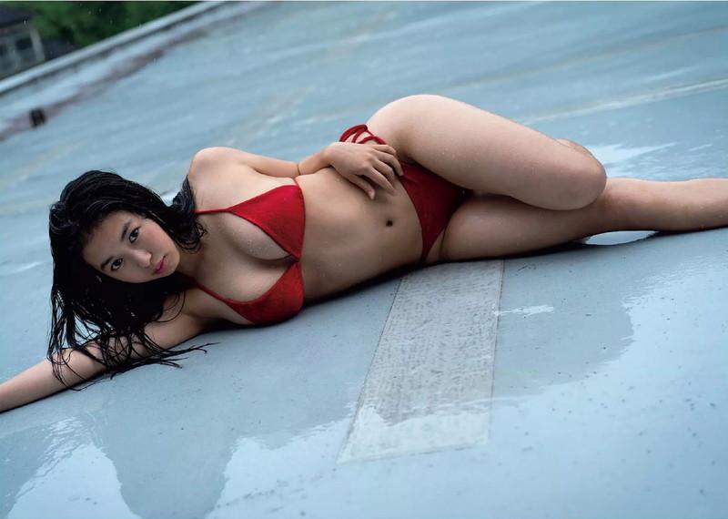 【舞子グラビア画像】今年女子大生になったHカップ爆乳ボディの和風顔グラドル 05