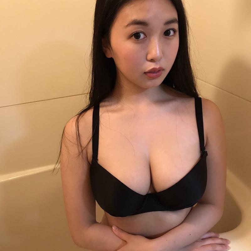 【舞子グラビア画像】今年女子大生になったHカップ爆乳ボディの和風顔グラドル 29