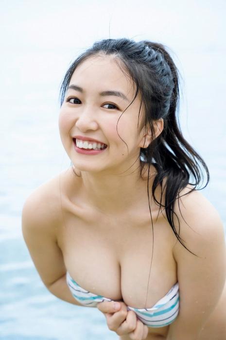 【舞子グラビア画像】今年女子大生になったHカップ爆乳ボディの和風顔グラドル 39