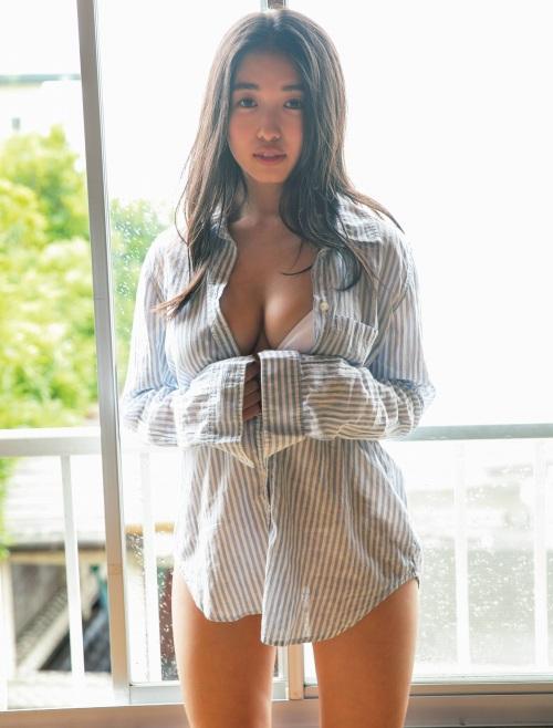 【舞子グラビア画像】今年女子大生になったHカップ爆乳ボディの和風顔グラドル 53
