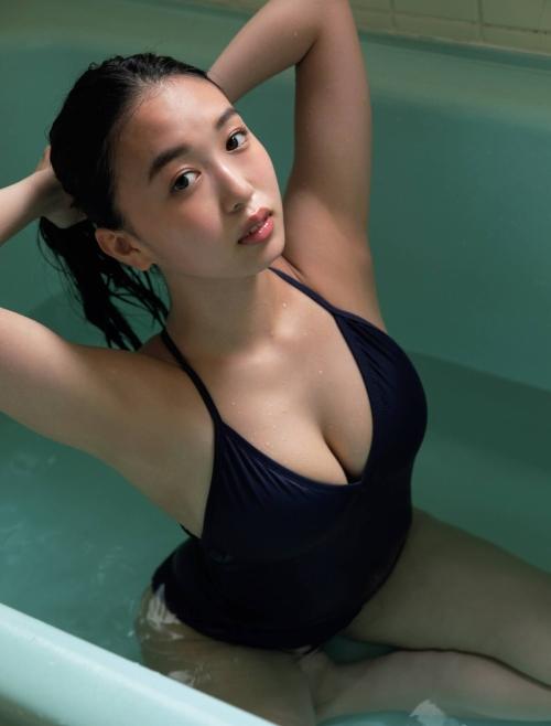 【舞子グラビア画像】今年女子大生になったHカップ爆乳ボディの和風顔グラドル 56
