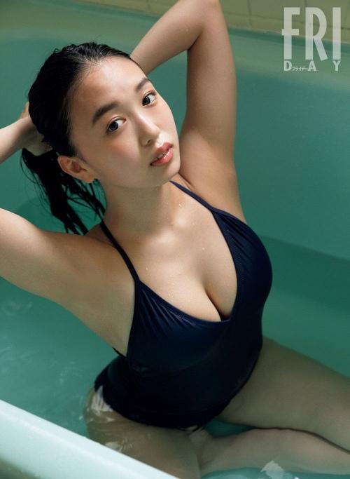 【舞子グラビア画像】今年女子大生になったHカップ爆乳ボディの和風顔グラドル 65