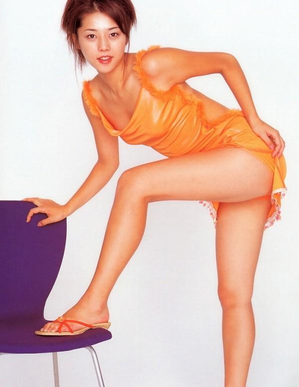 【吉岡美穂お宝画像】あのIZAMと結婚した元グラビアアイドルの貴重なエロ写真 54