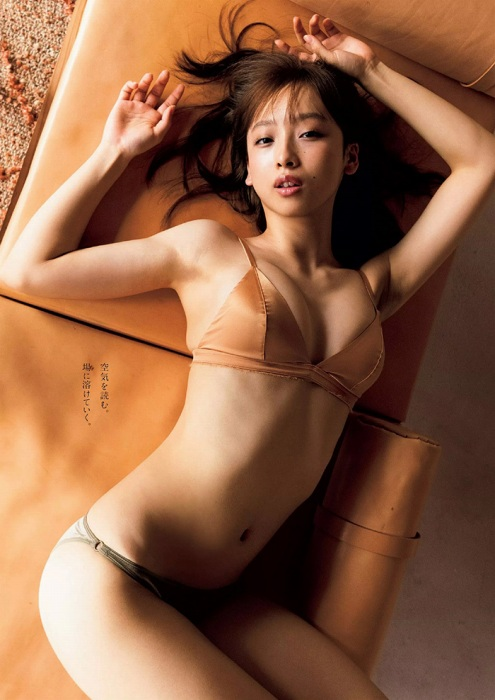 【華村あすかグラビア画像】女優やってるけど水着姿もいっぱい撮って欲しい! 19