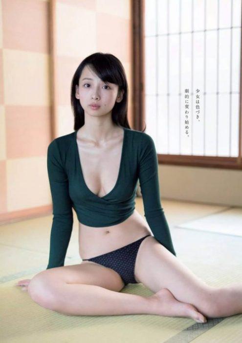 【華村あすかグラビア画像】女優やってるけど水着姿もいっぱい撮って欲しい! 37
