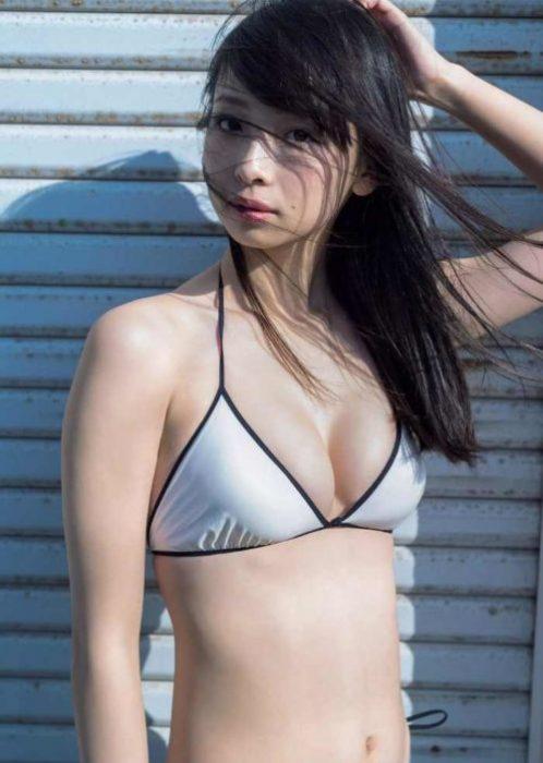 【華村あすかグラビア画像】女優やってるけど水着姿もいっぱい撮って欲しい! 74