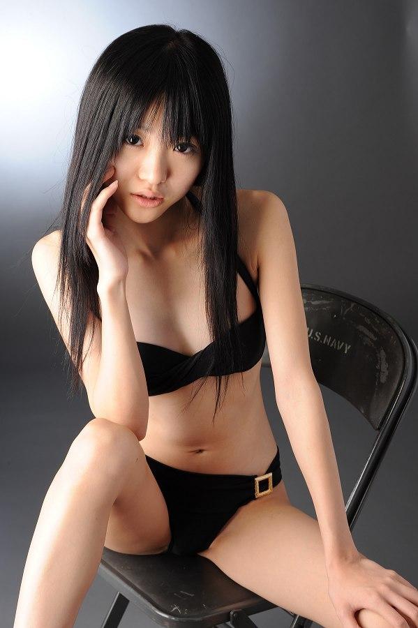 【柳恵梨菜グラビア画像】ストレートな黒髪が美少女感あって可愛いのに勿体ない! 57