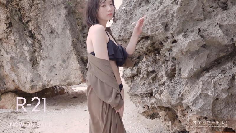 【山岸理子エロ画像】アイドル的な可愛さの中にセクシーさを垣間見る 26