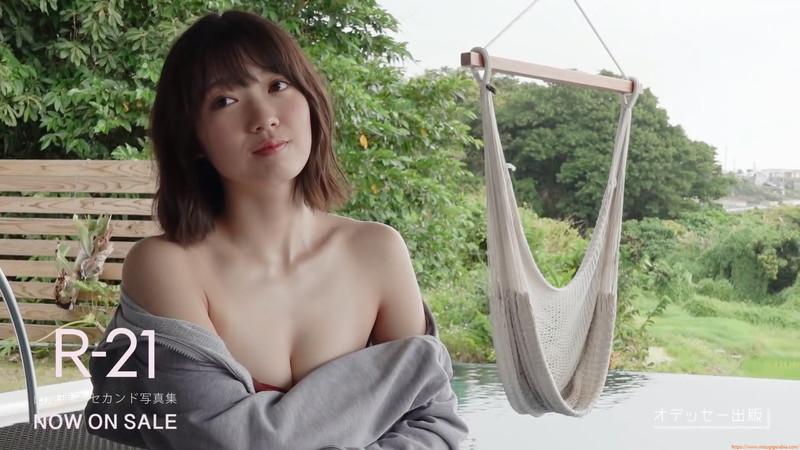 【山岸理子エロ画像】アイドル的な可愛さの中にセクシーさを垣間見る 51