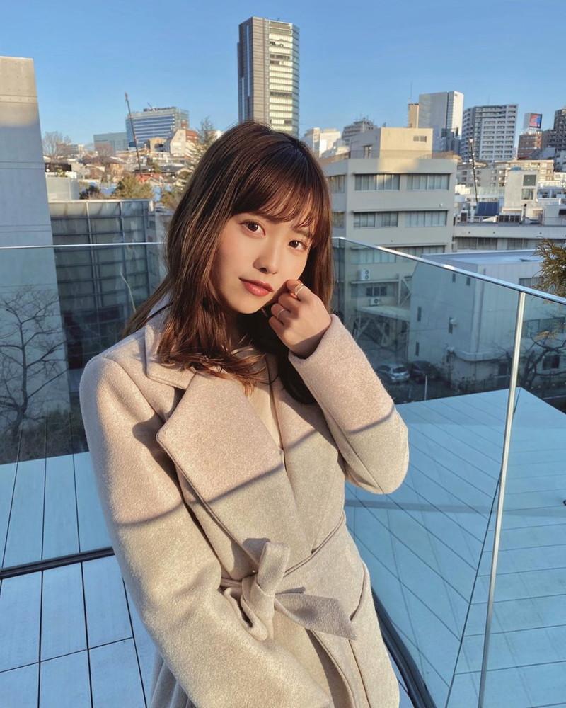 【新田さちかエロ画像】ミス青山学院大学2020で準グランプリを獲った読者モデル 14