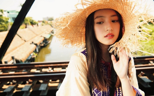 【今田美桜お宝画像】昭和感が凄いアイドルを演じてるTVCMがマジそれっぽいwwww 26