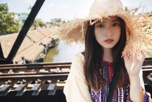 【今田美桜お宝画像】昭和感が凄いアイドルを演じてるTVCMがマジそれっぽいwwww 29