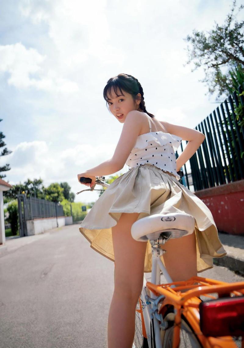【櫻坂46エロ画像】改名して新しいスタートを切ったグループアイドルの水着写真 51