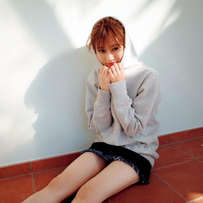 【櫻坂46エロ画像】改名して新しいスタートを切ったグループアイドルの水着写真 59