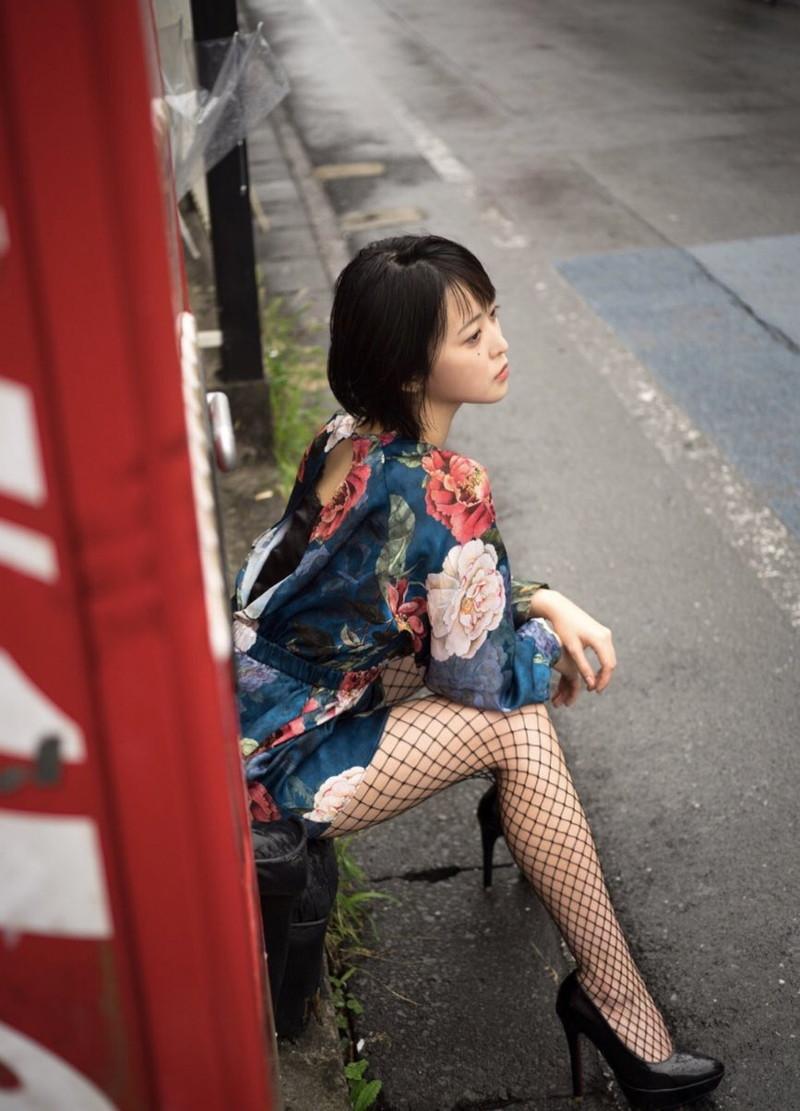 【忍野さらキャプ画像】マイクロビキニやスーパーハイレグがエロ過ぎる美女! 80