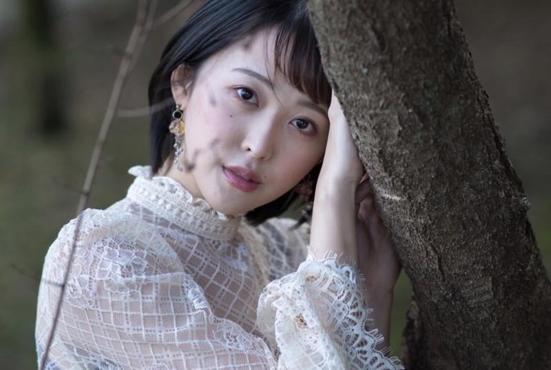 【忍野さらキャプ画像】マイクロビキニやスーパーハイレグがエロ過ぎる美女! 83