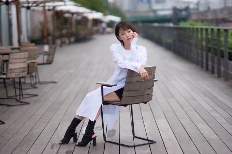 【忍野さらキャプ画像】マイクロビキニやスーパーハイレグがエロ過ぎる美女! 90