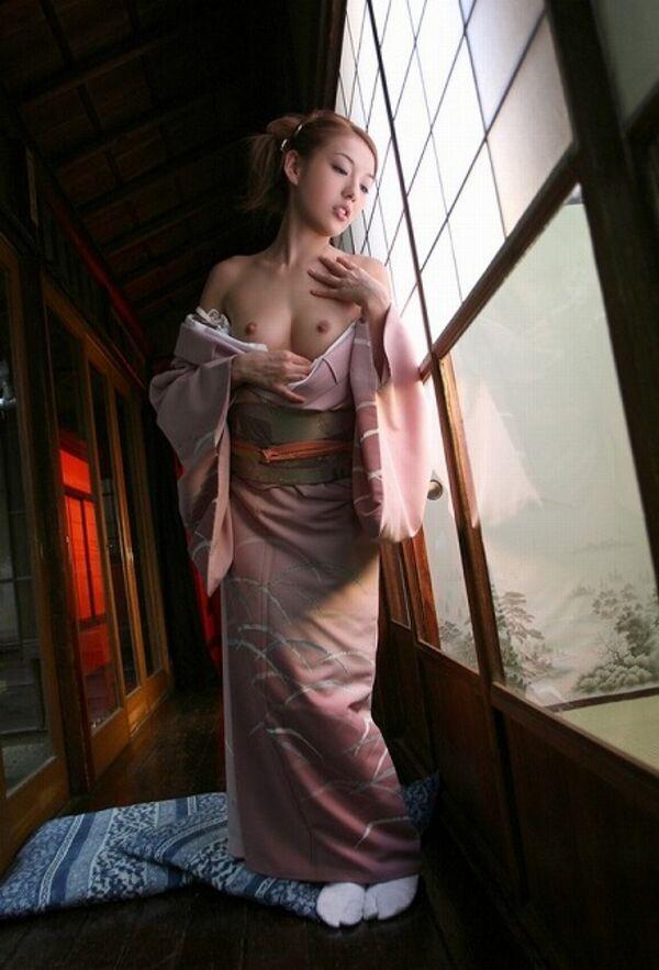 【姫始めエロ画像】日本のお正月はやっぱり着物美人と一夜を過ごしたいですね 34