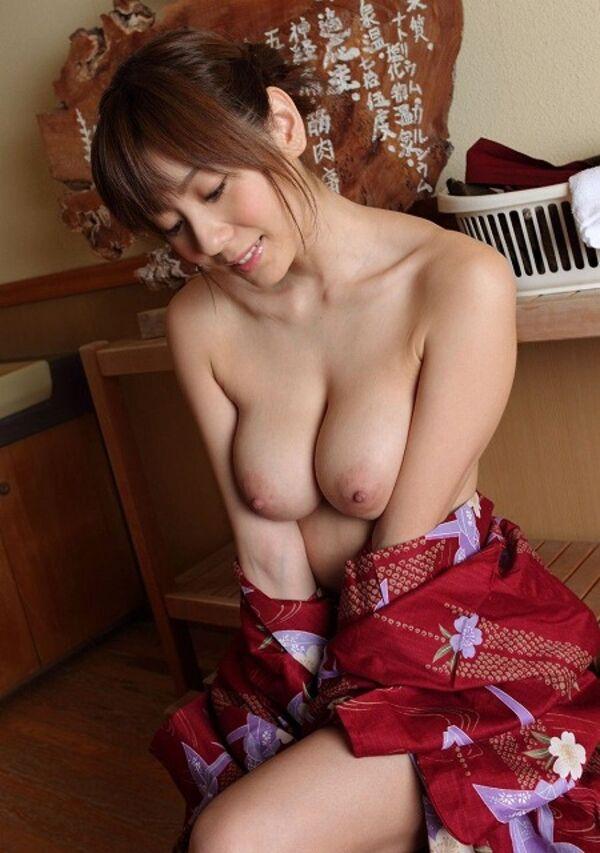 【姫始めエロ画像】日本のお正月はやっぱり着物美人と一夜を過ごしたいですね 47