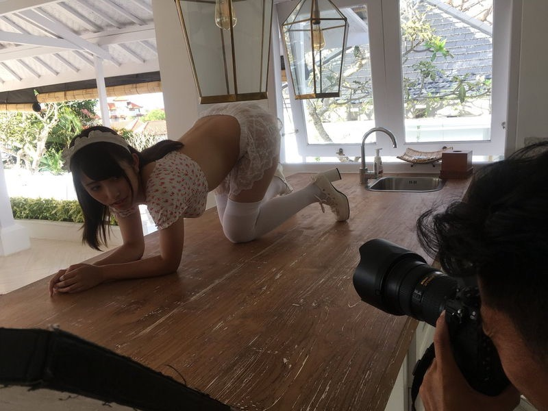 【高梨瑞樹グラビア画像】現役女子大生グラビアアイドルがいきなりマンスジ!? 19