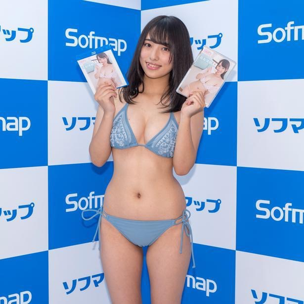 【高梨瑞樹グラビア画像】現役女子大生グラビアアイドルがいきなりマンスジ!? 37