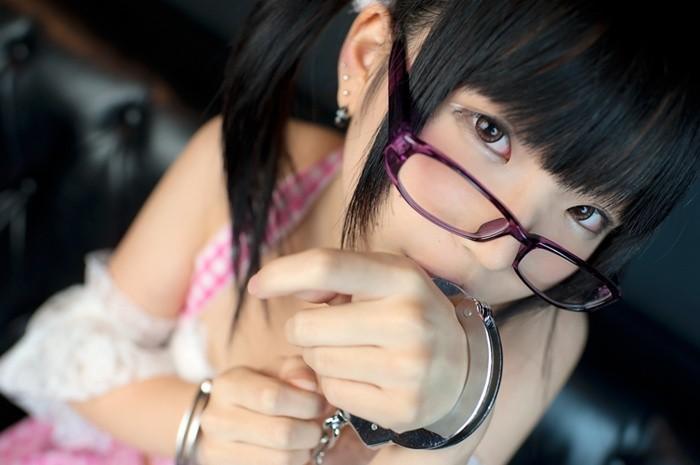 【唯原ひなせエロ画像】童顔小柄で可愛くてちょっとエッチなコスプレイヤー 05