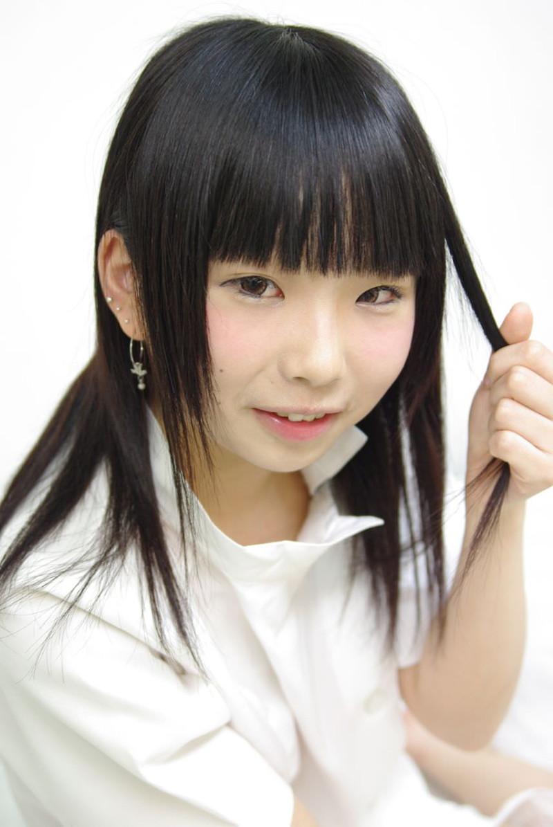 【唯原ひなせエロ画像】童顔小柄で可愛くてちょっとエッチなコスプレイヤー 97