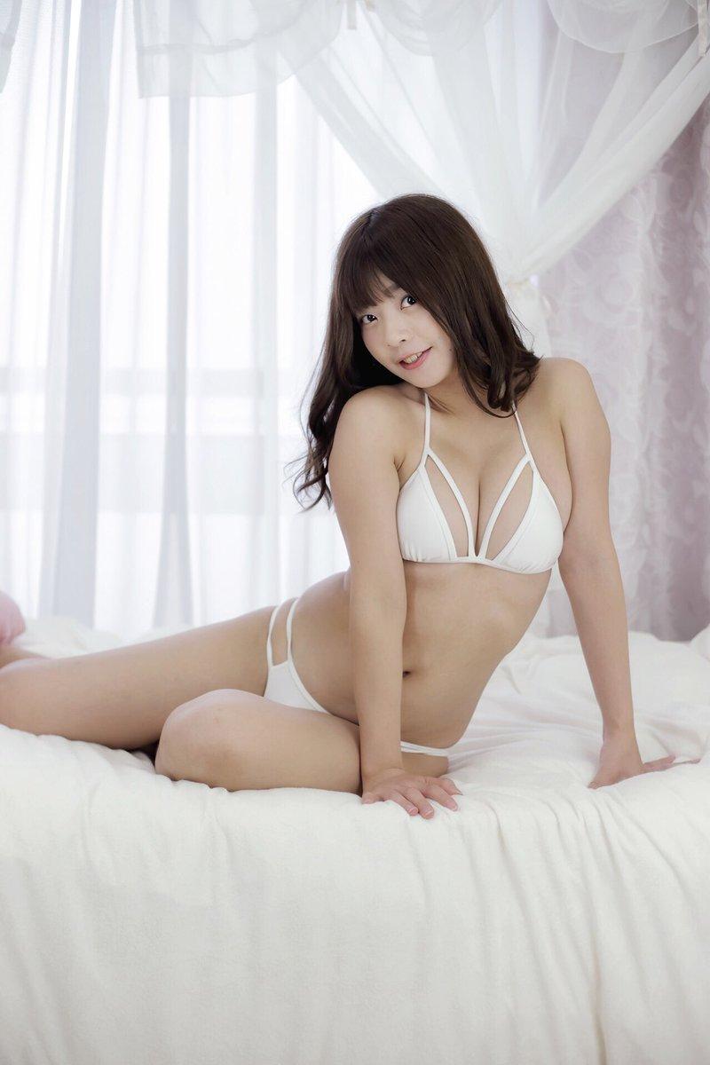 【柚月彩那エロ画像】ミニマムボディにGカップ巨乳のアンバランスさがエロい! 29