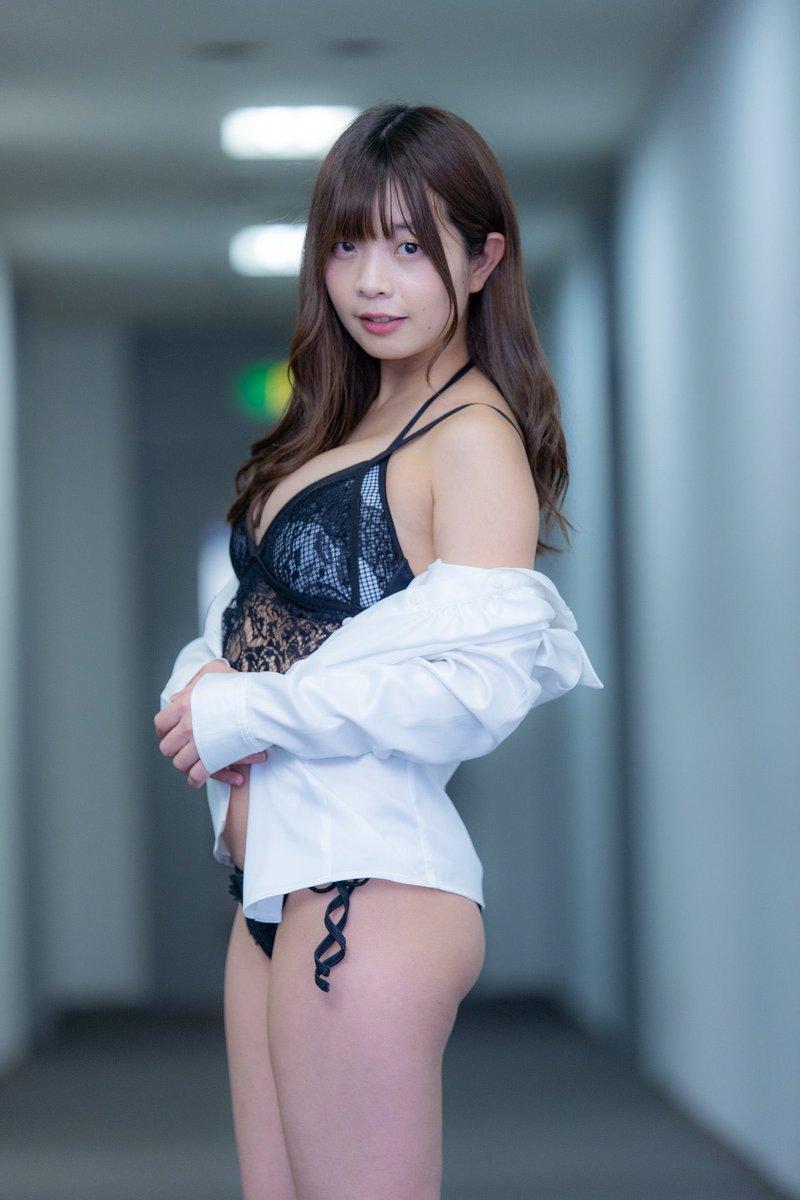 【柚月彩那エロ画像】ミニマムボディにGカップ巨乳のアンバランスさがエロい! 35